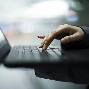 Obsługa komputera jako ważna umiejętność na współczesnym rynku pracy
